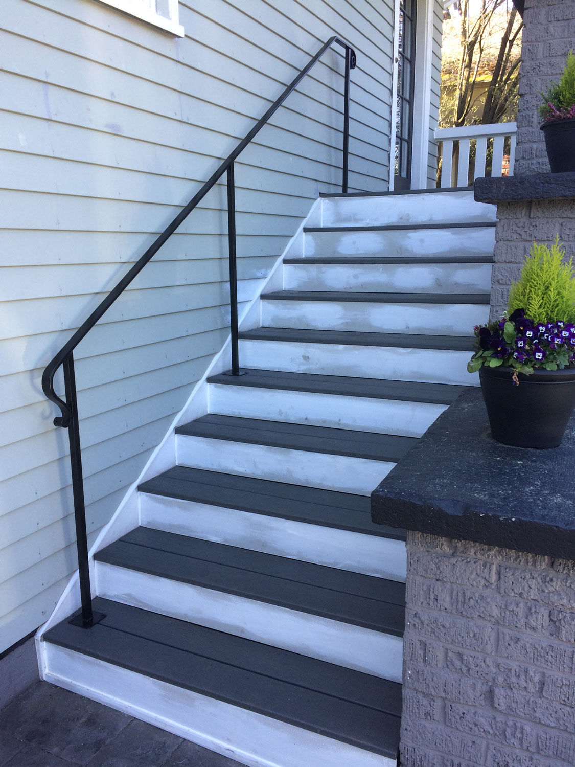 Traditional Exterior Handrail with Stairs - Seattle, WA