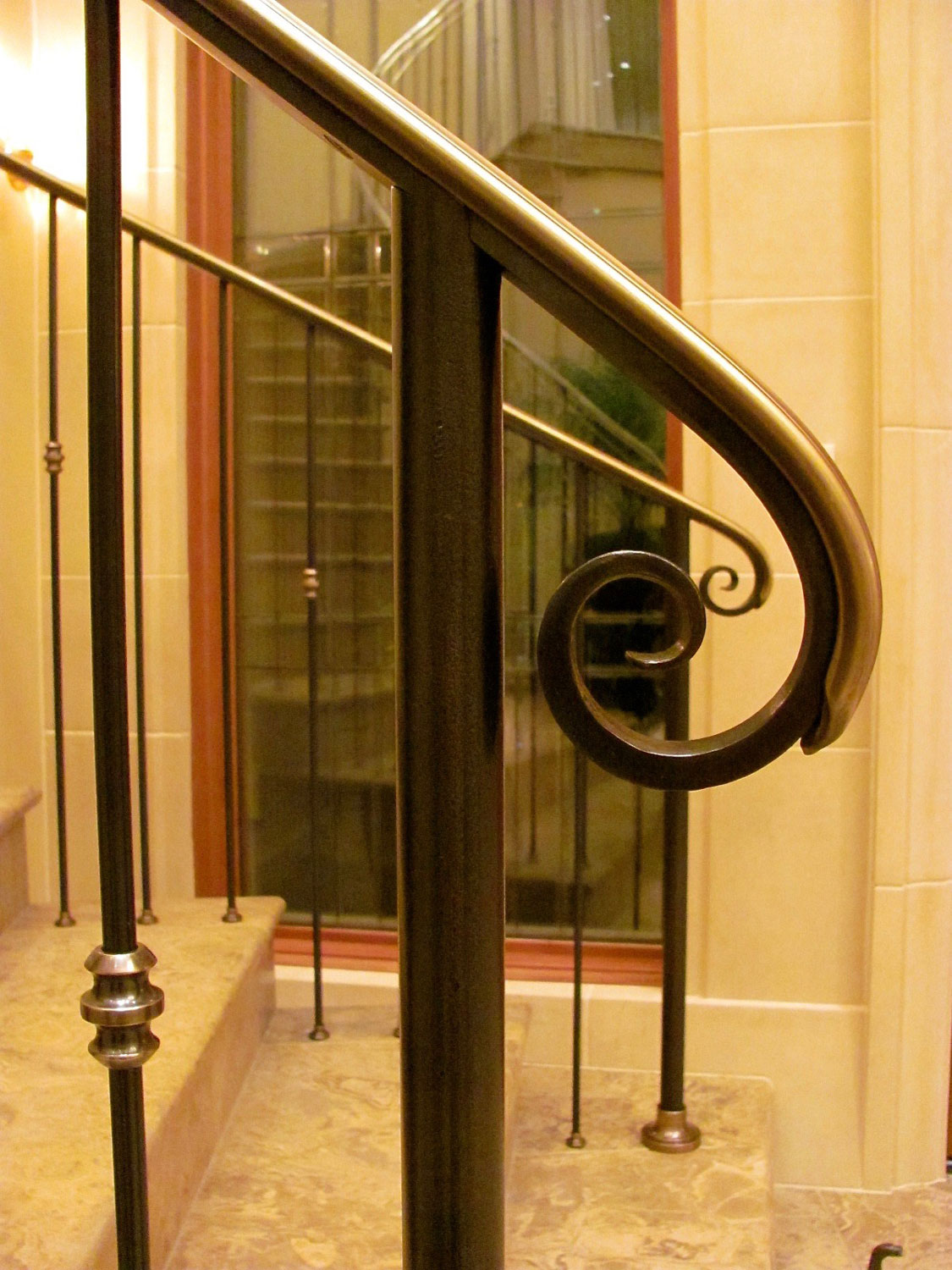 Elegant Pitch and Curved Railing - Volute - Seattle, WA