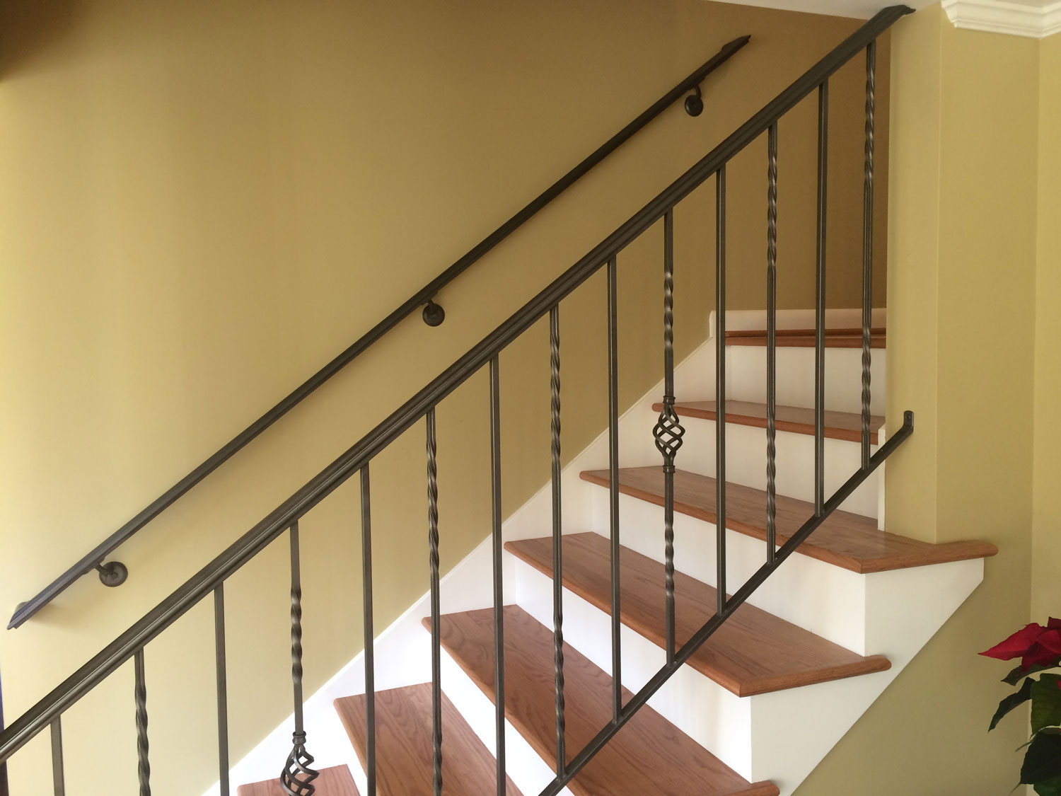 Traditional Handrail and Guardrail for Interior Stairs - Close Up - Seattle, WA