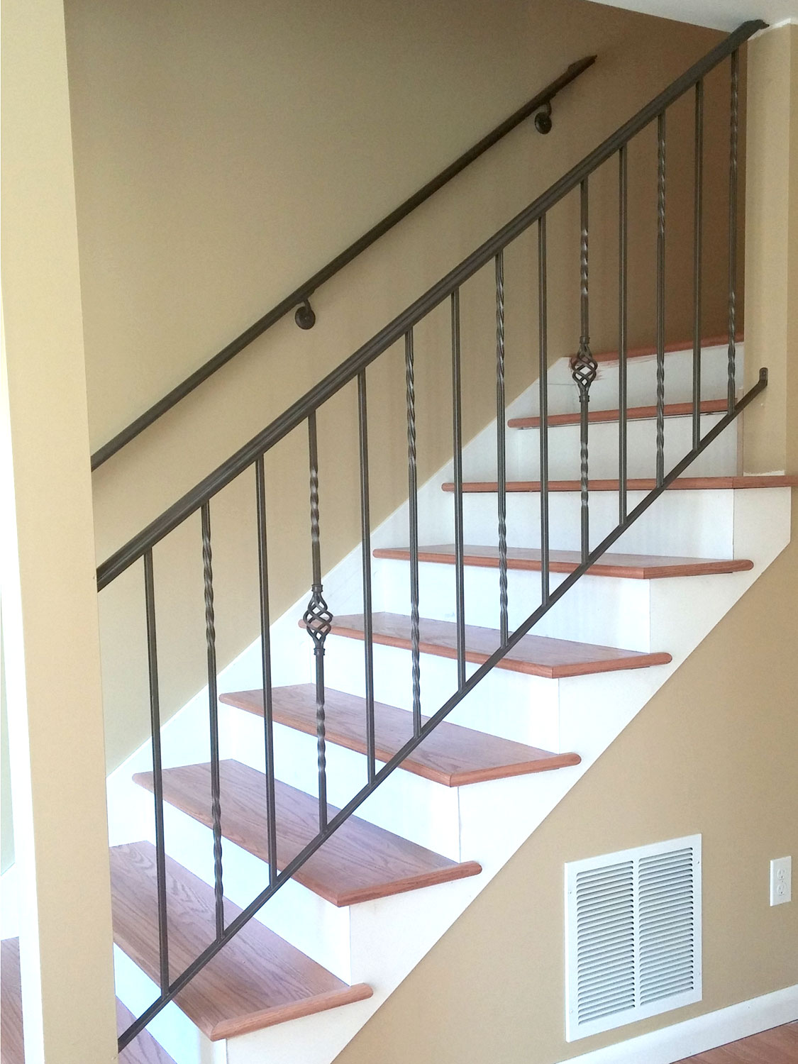 Traditional Handrail and Guardrail for Interior Stairs - Seattle, WA