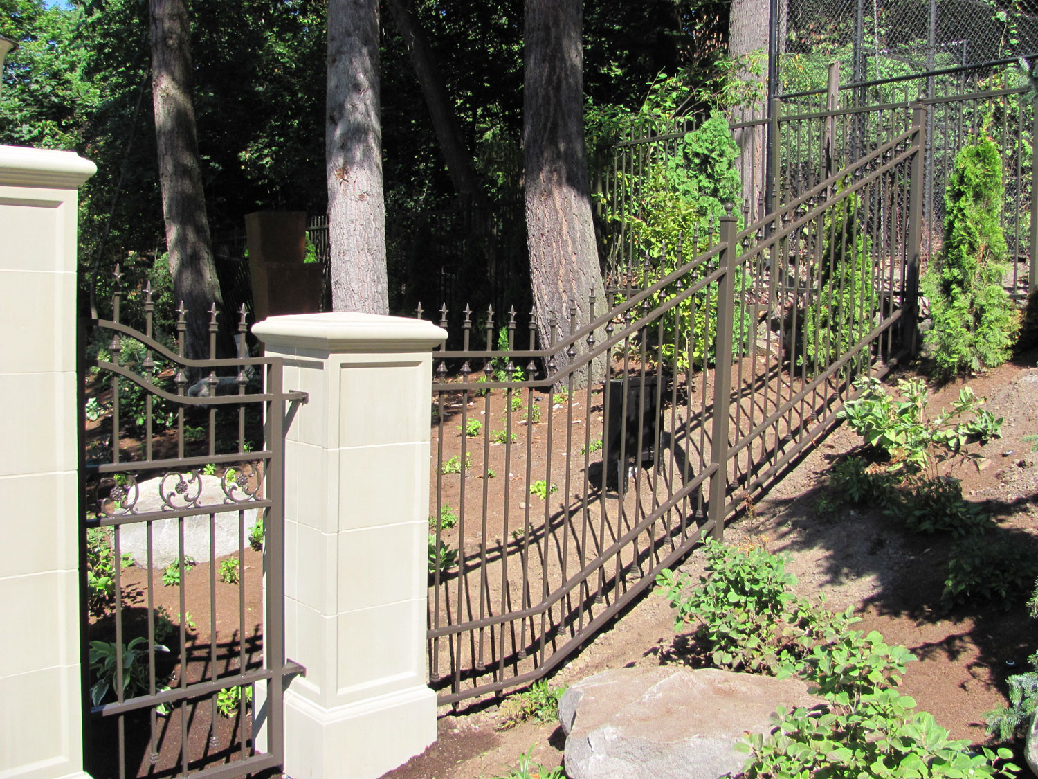 Automatic Gate and Fence - Side Fence - Seattle, WA