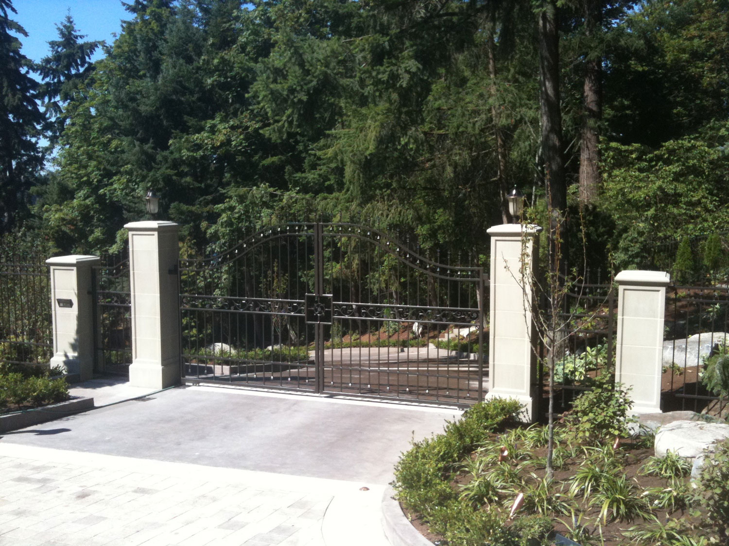 Automatic Gate and Fence - Entrance - Seattle, WA
