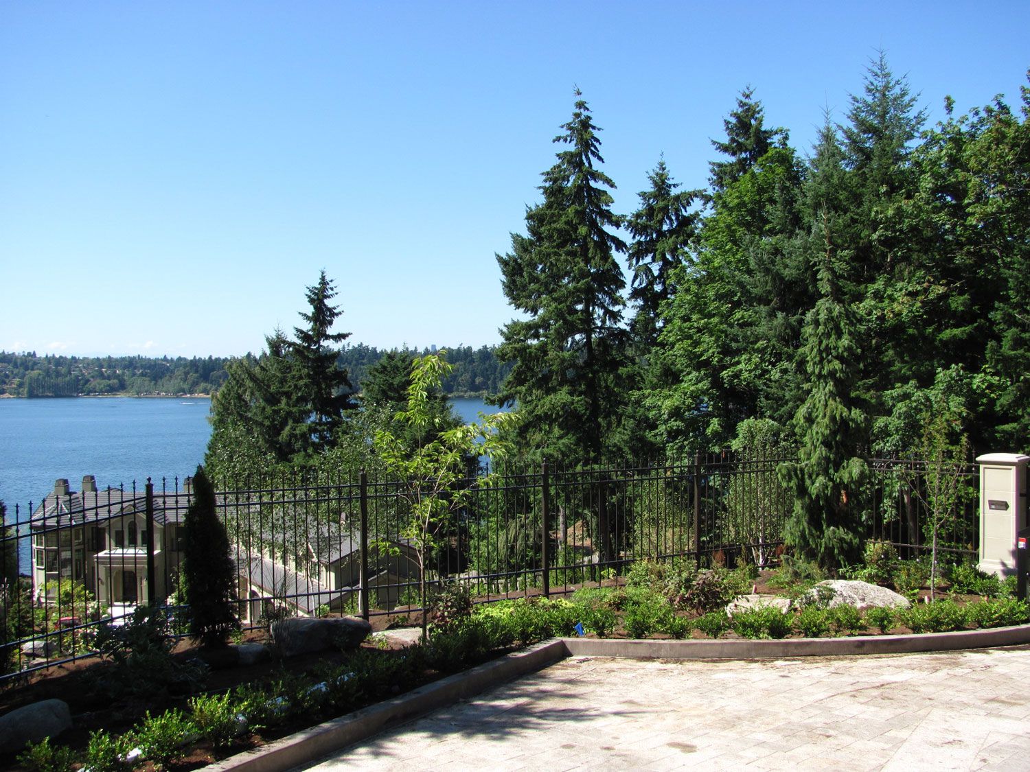 Automatic Gate and Fence - Extensive Fencing - Seattle, WA