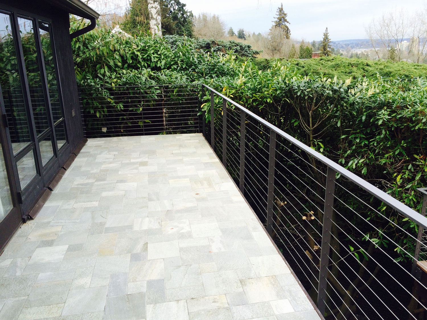 Cable Rail for Large Deck - Upper Deck - Seattle, WA