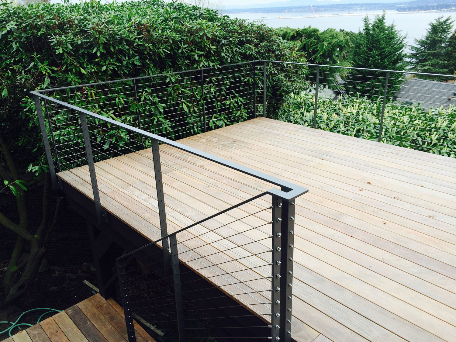 Cable Rail for Large Deck - Side Deck - Seattle, WA